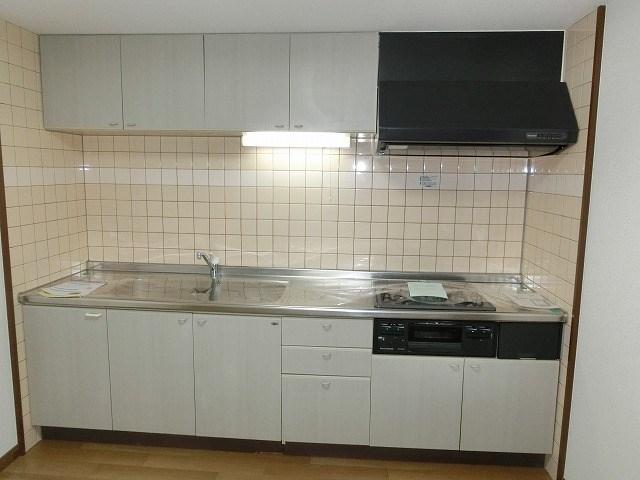 メゾンボルデロー キッチン
