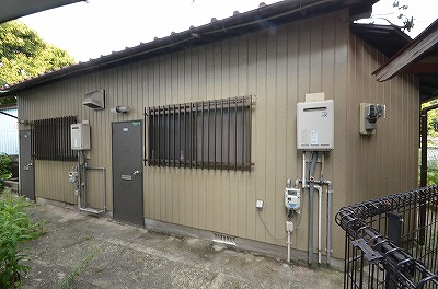 新高田・岡田アパート 101号室 外観