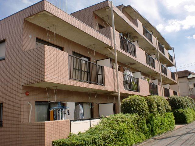 ファミーユ柳沢 103号室 外観