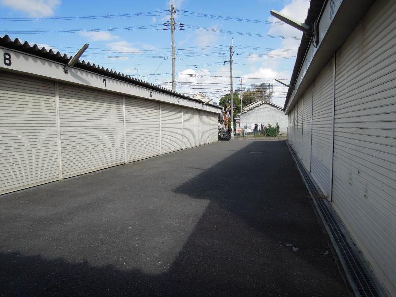 吉田ガレージ 外観