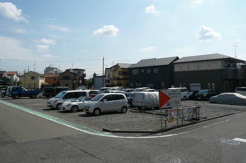 オゾン2クリーンパーク(縦列2台駐車可能区画) 外観