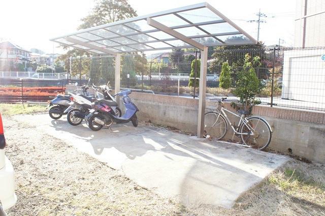 コーポ清水 駐車場