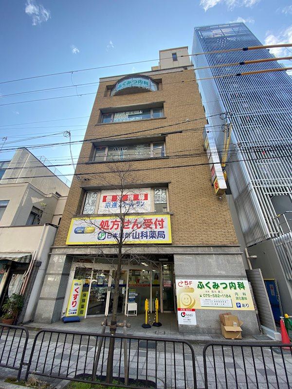 レーベン早川 401号室 外観