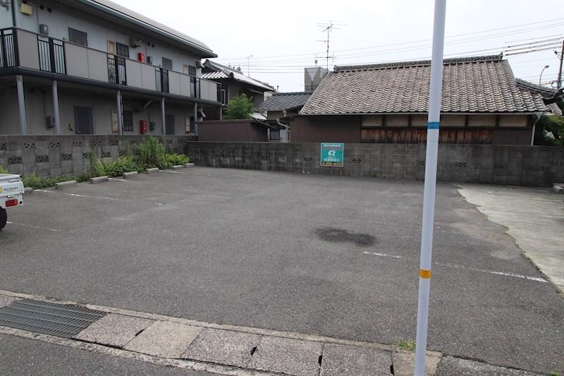 綾羅木本町 植野駐車場 外観