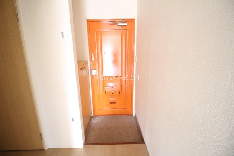 島田アパート 玄関