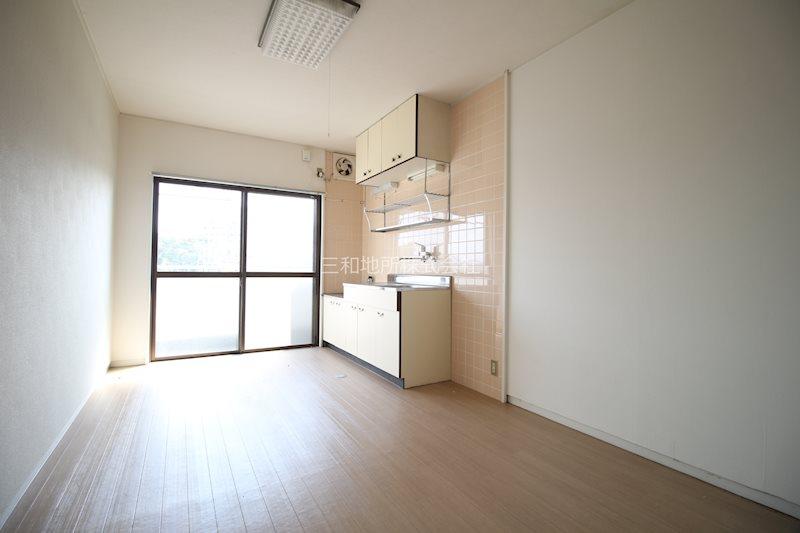 島田アパート リビング