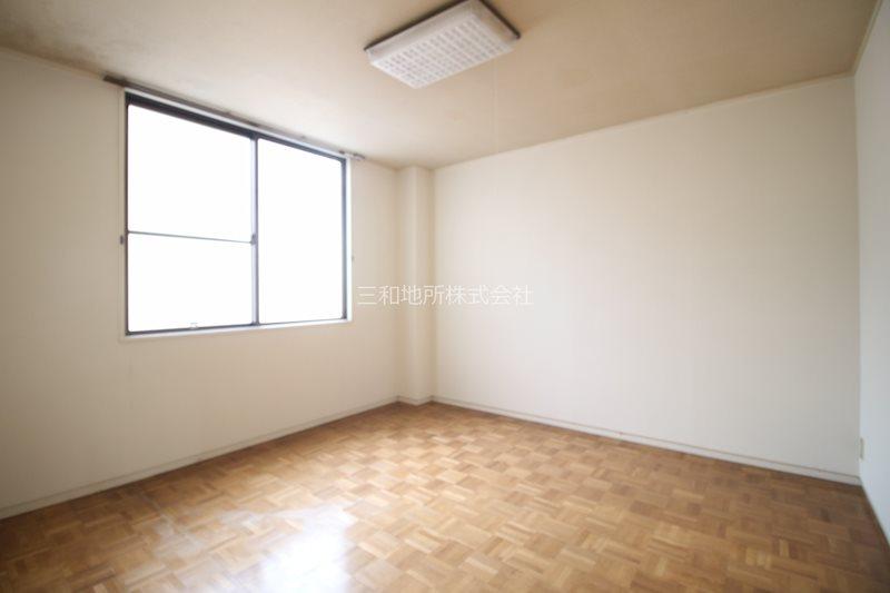 島田アパート ベッドルーム