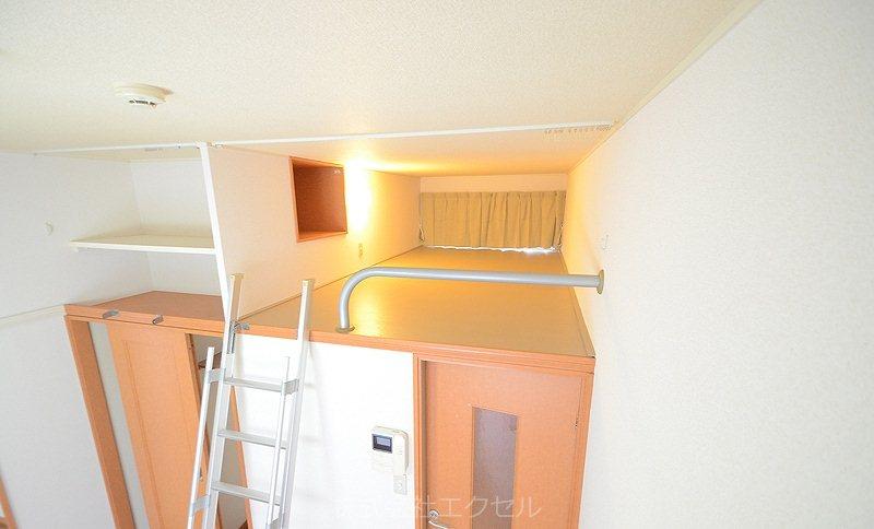 レオパレスclarabel ベッドルーム