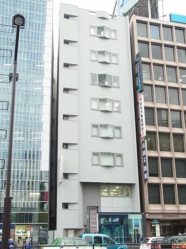 赤坂光映ビル 1F+B1号室 外観