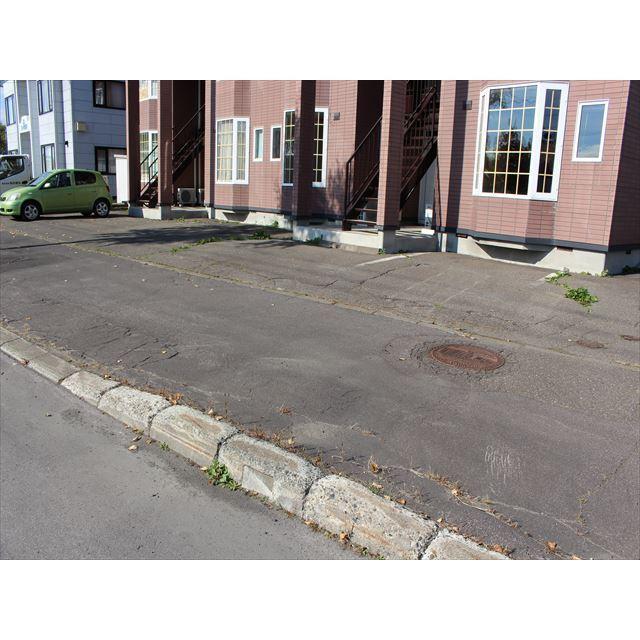 オリーブハウス3 駐車場