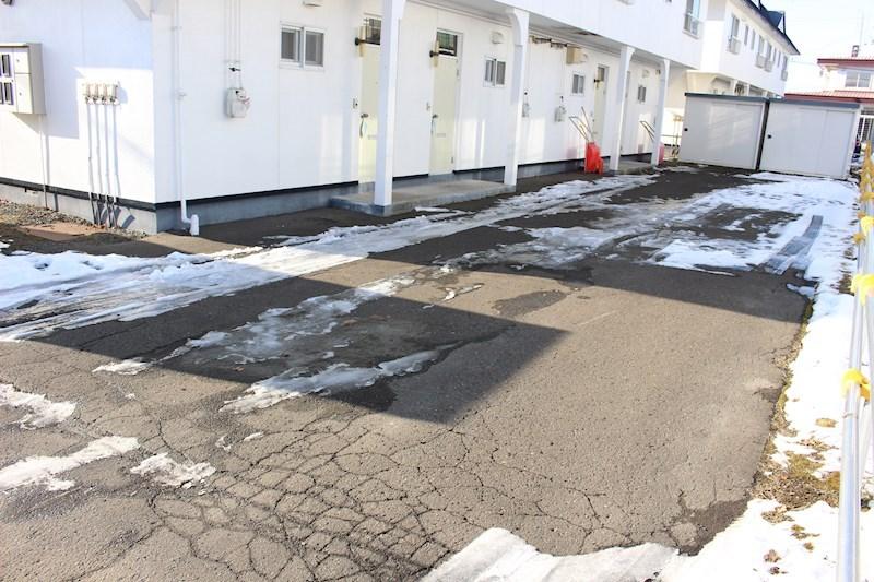山本ハイツⅢ 駐車場