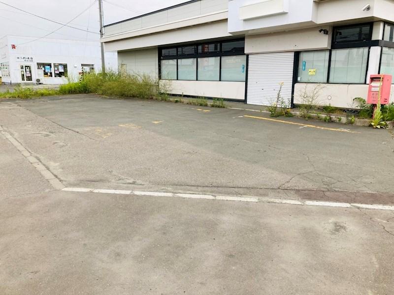 ツカダ店舗(並木町) 駐車場