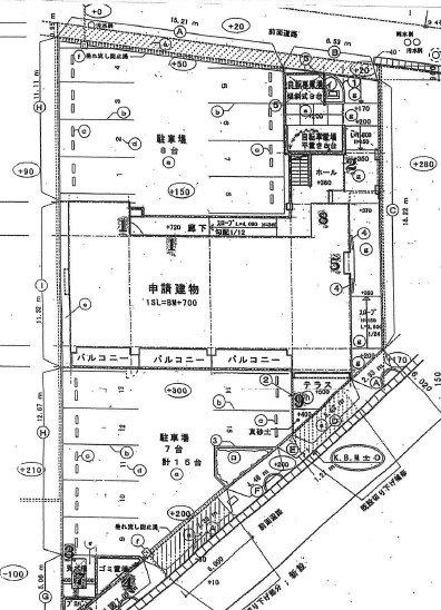 パインクレスト敷地内駐車場 間取り図