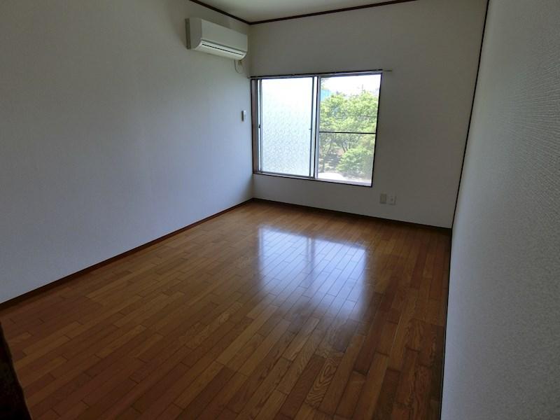 八木アパート(作業員の方歓迎)  リビング