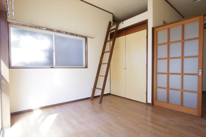 栗原3丁目共同住宅 ベッドルーム