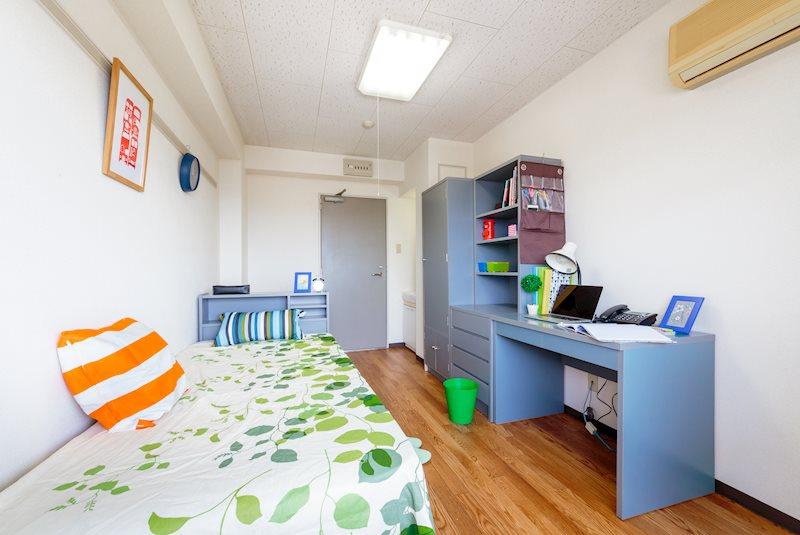 ドーミー新松戸 ベッドルーム