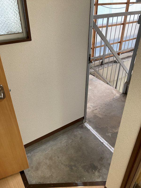 ゆたかビル 玄関