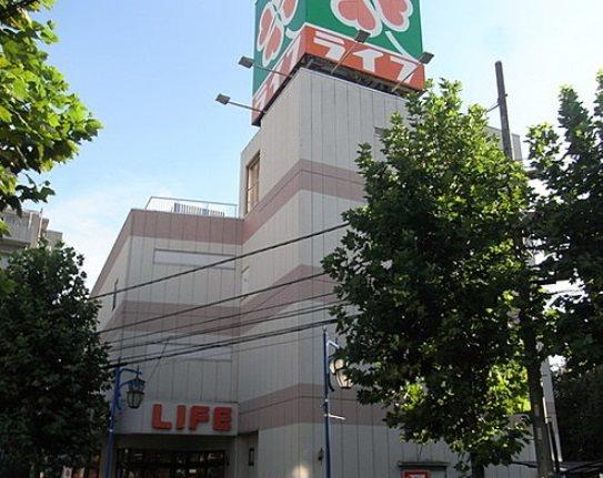 ライフ新桜台駅前店 378m