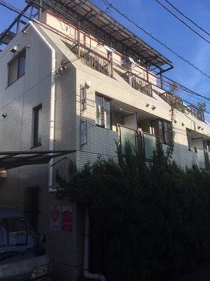 世田谷区下馬3丁目楽器可(防音・ピアノ・弦・管楽器・声楽)マンション 205号室 外観