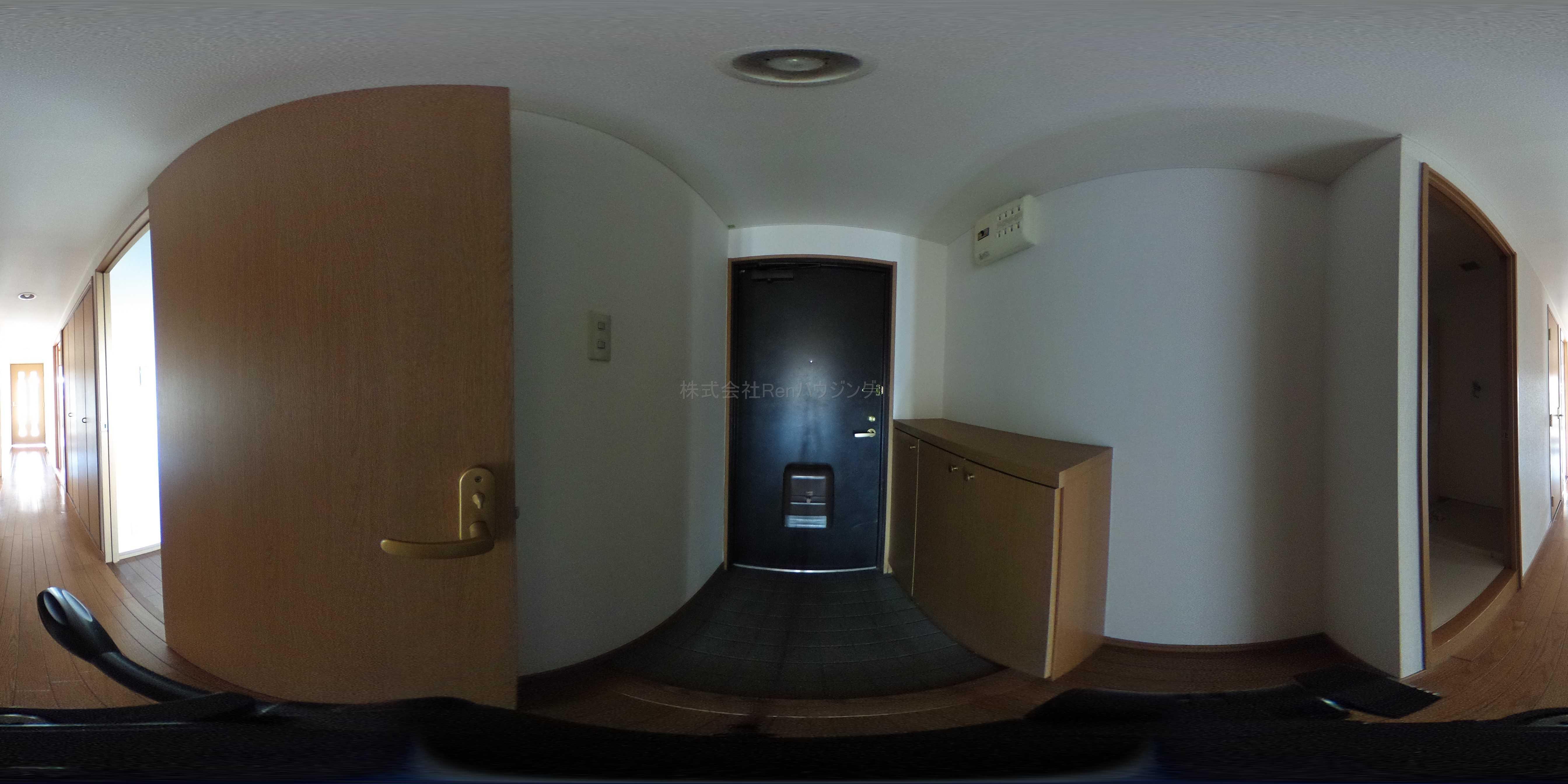 コムフォートブル松の内 玄関