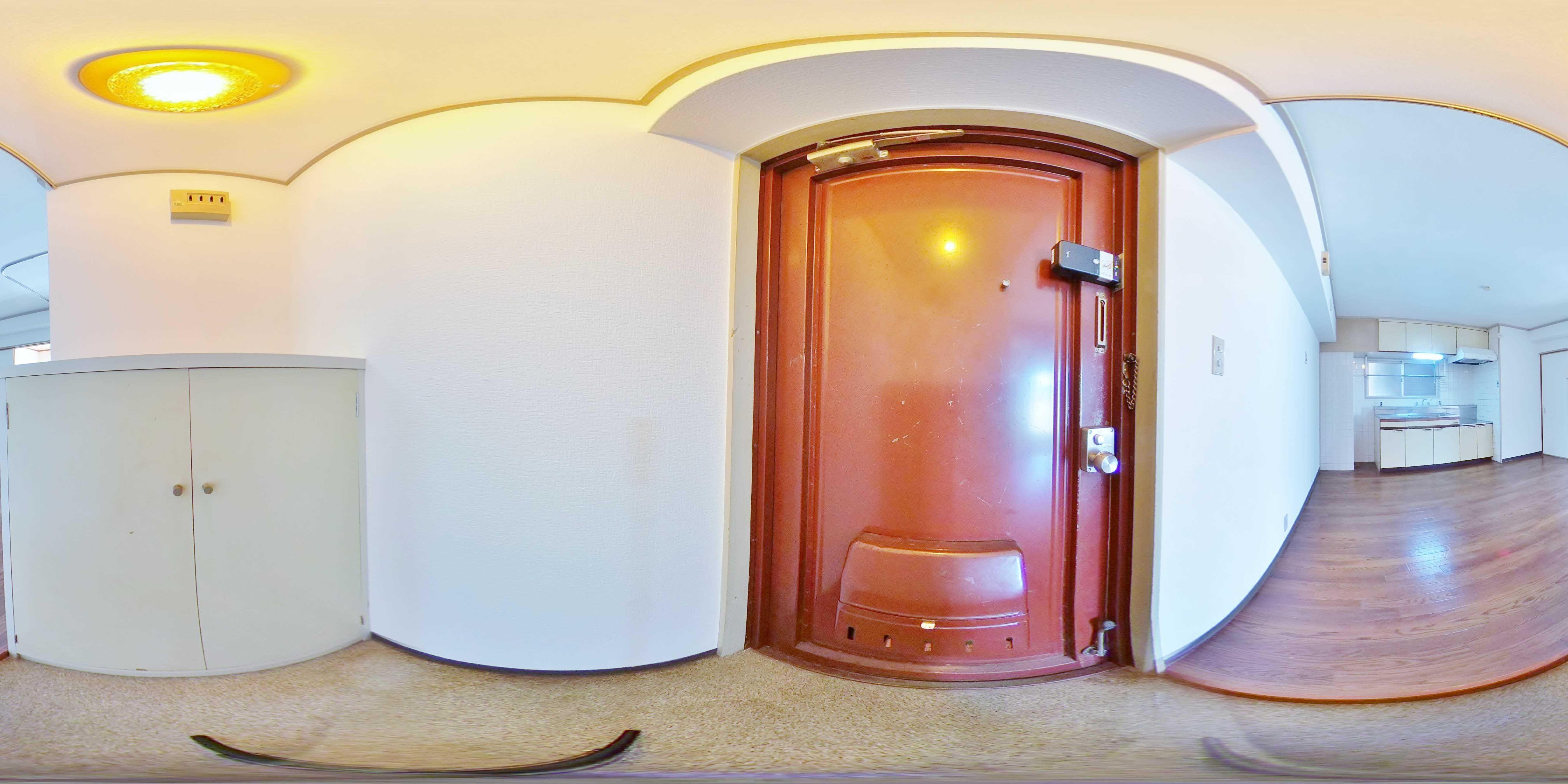 ローズハイツ 玄関