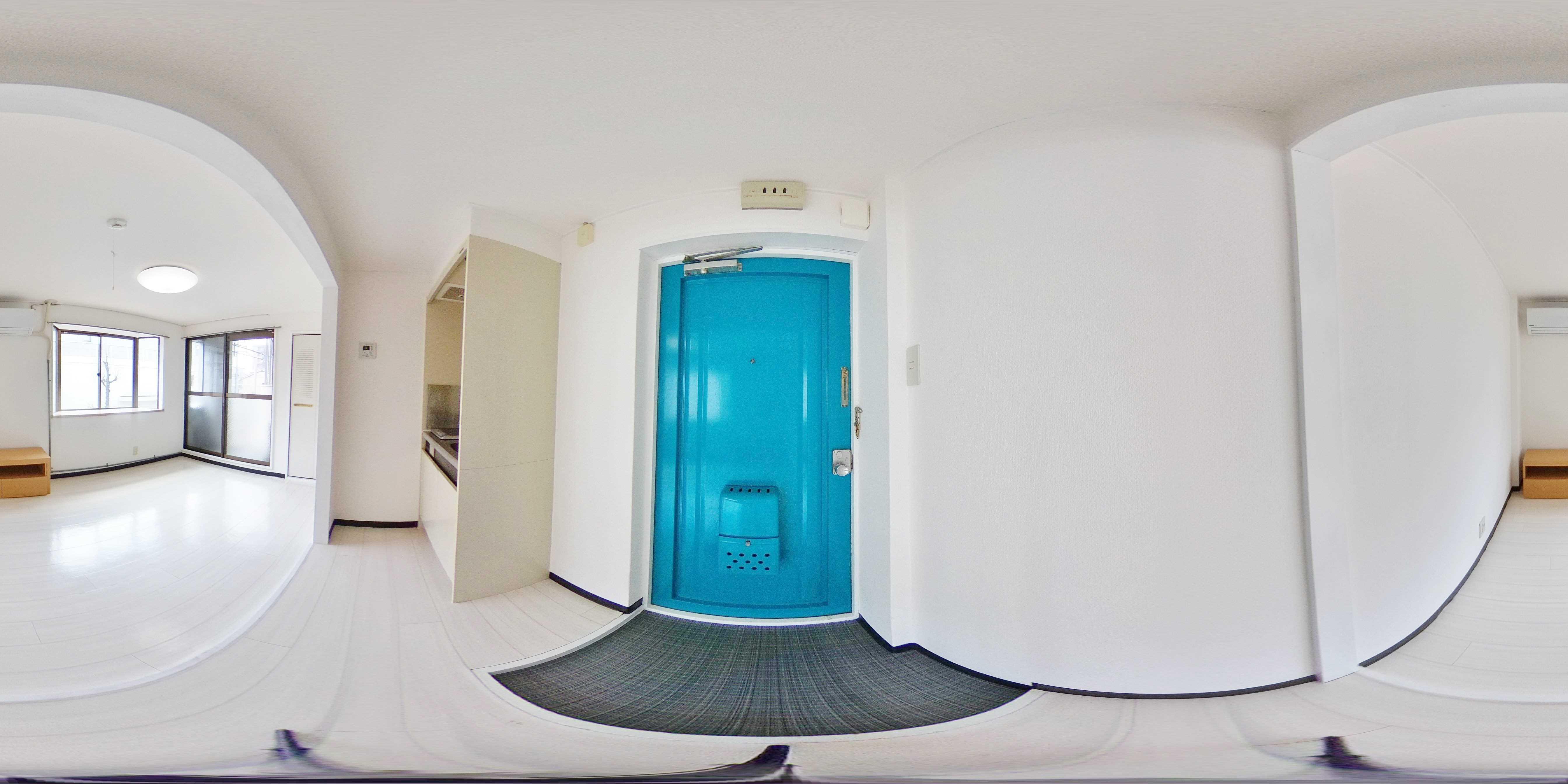 キューブ西加賀屋 玄関