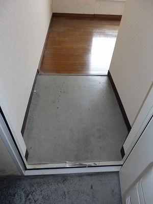 ゼロジーブロックマンション 玄関