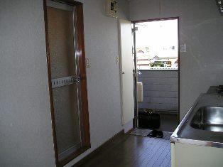 若木パミール 玄関