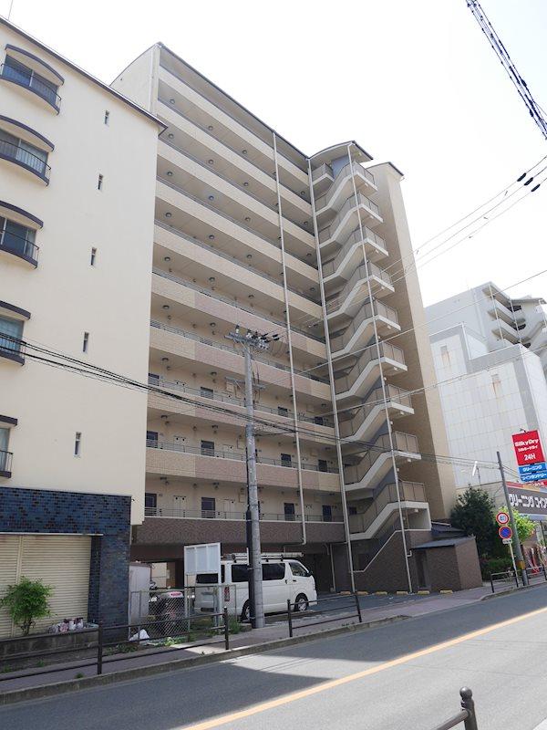 モノロカーレ江坂 外観写真