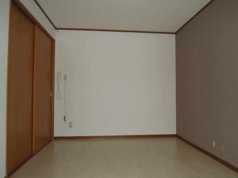 ハイツ若葉Ⅱ ベッドルーム