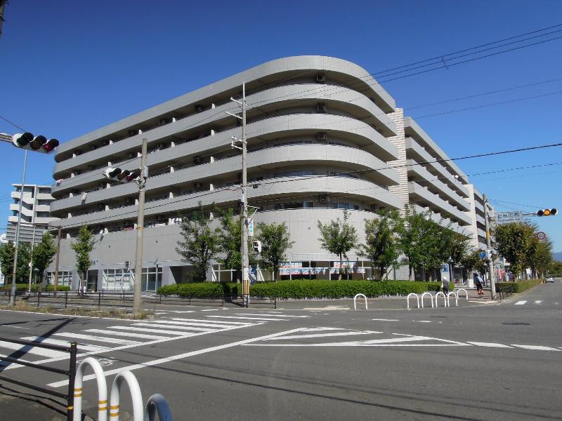 八尾南駅前ビル クロスティ壱番館 外観