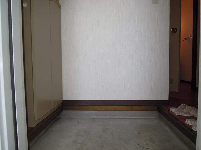 フレグランス藤 玄関