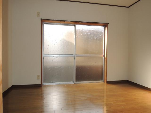 三栄マンション ベッドルーム