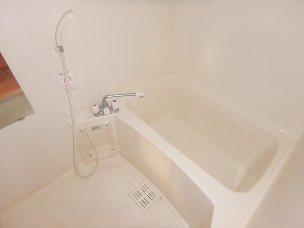サニーコートマルヤマ 風呂画像