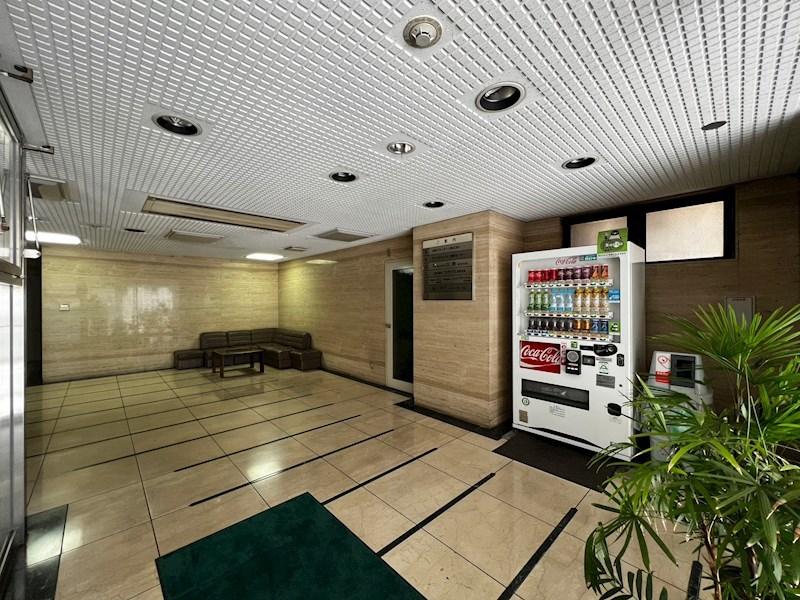 KOMAGATA MATSUI BLDG 駐車場
