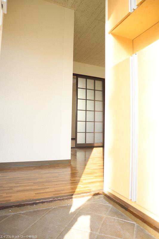 サウスコート赤坂B 玄関