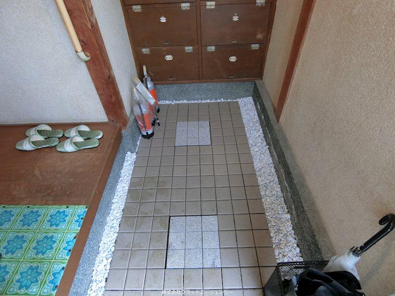 橋本アパート 玄関