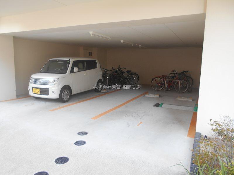 モダンパラッツォ大濠公園 駐車場