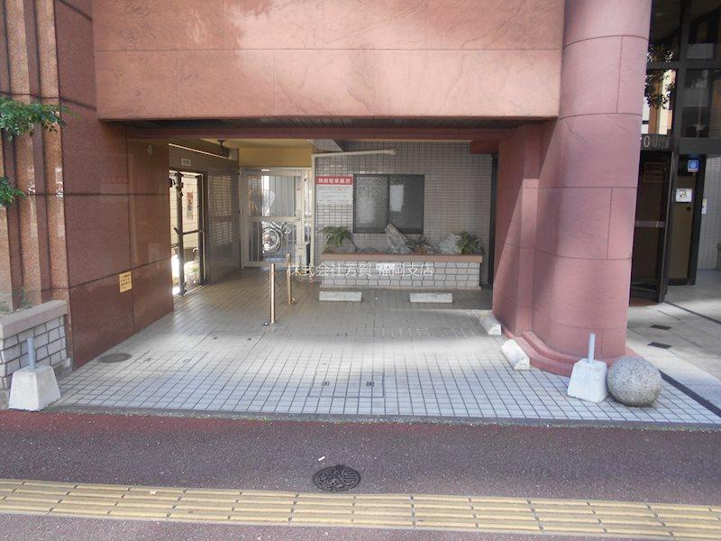 ダイナコート西公園トレンドゥ 駐車場