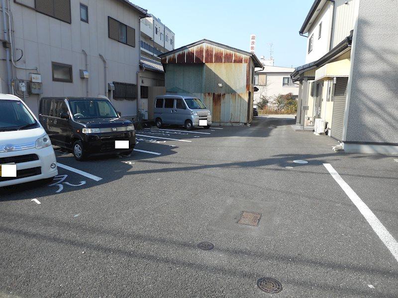 石橋屋駐車場(N214) その他