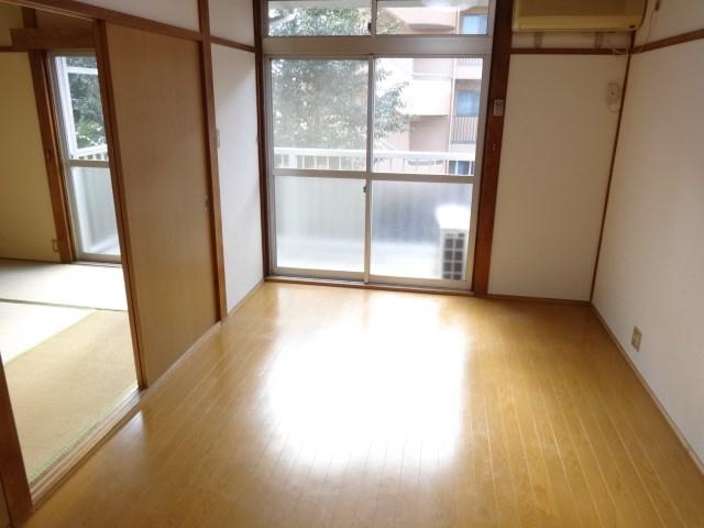 武蔵野グリーンハイツ ベッドルーム