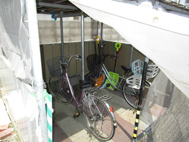 北海道札幌市東区北三十二条東12丁目 駐車場