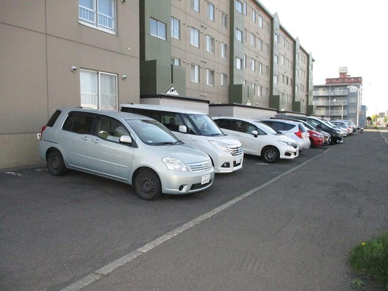 北海道札幌市東区北二十六条東18丁目 駐車場