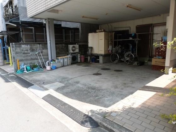 中谷マンション* 駐車場