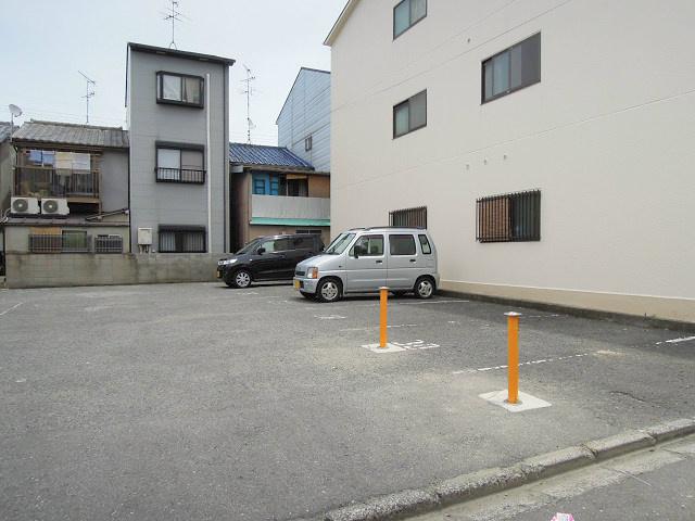 森田ツインコーポ 駐車場