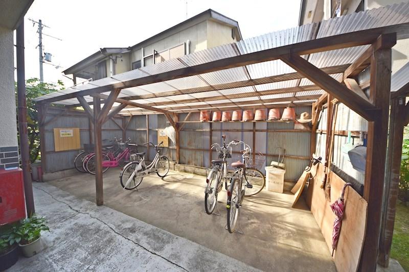 陽光園マンション 駐車場