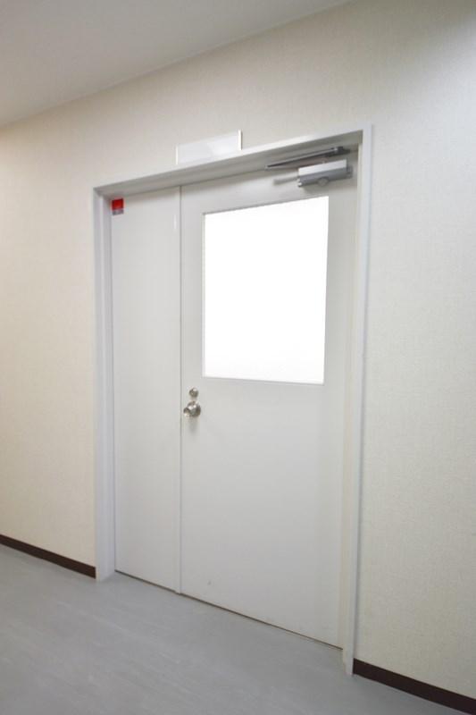 貸店舗・事務所 八尾市 東本町3丁目 たばこビル その他3