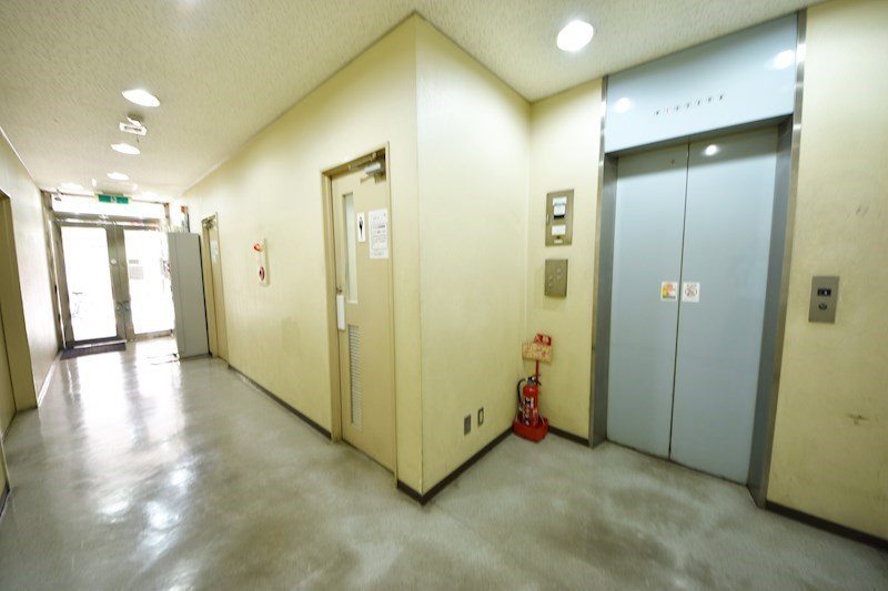 貸店舗・事務所 八尾市 東本町3丁目 たばこビル その他11