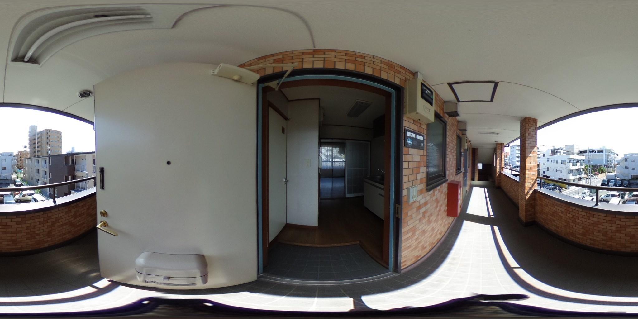 フジハイコート 玄関
