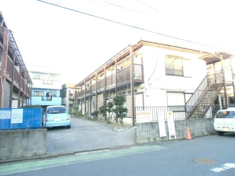 富士屋荘2号棟 駐車場